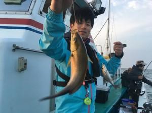 谷口丸さんにて、船イサキ行って参りました~!