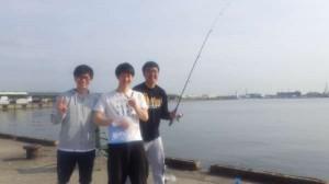 泉大津 汐見埠頭はサビキで豆サバ♪美味しいよ♪