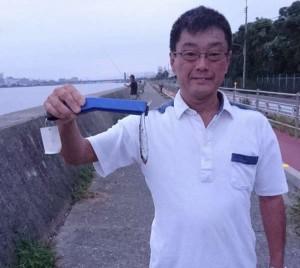 武庫川尻 ウキサビキでアジも釣れています
