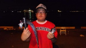 兵突お子様もタチウオ釣りが大好き!