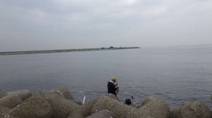 丸島防波堤 キビレ40cm2連発